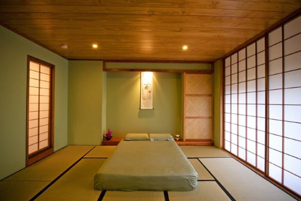 japanese mountain spa